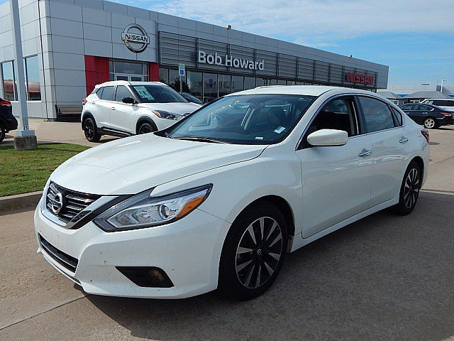 Bob Howard Nissan >> Pre Owned 2018 Nissan Altima 2 5 Sv Front Wheel Drive Sedan Offsite Location