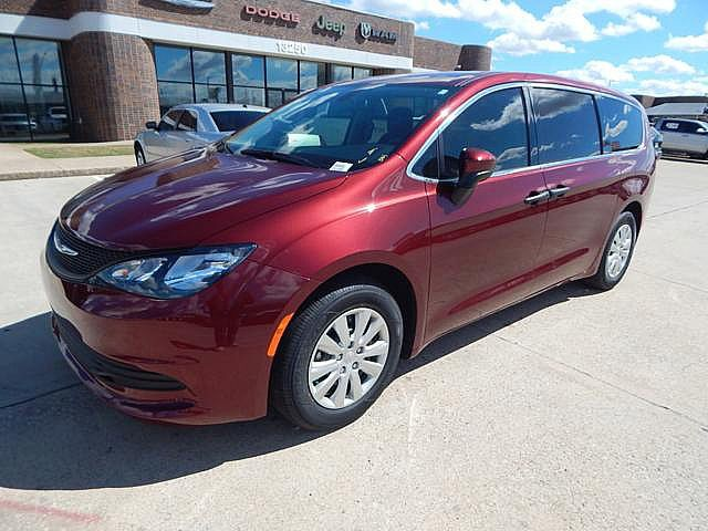 New 2019 CHRYSLER Pacifica L
