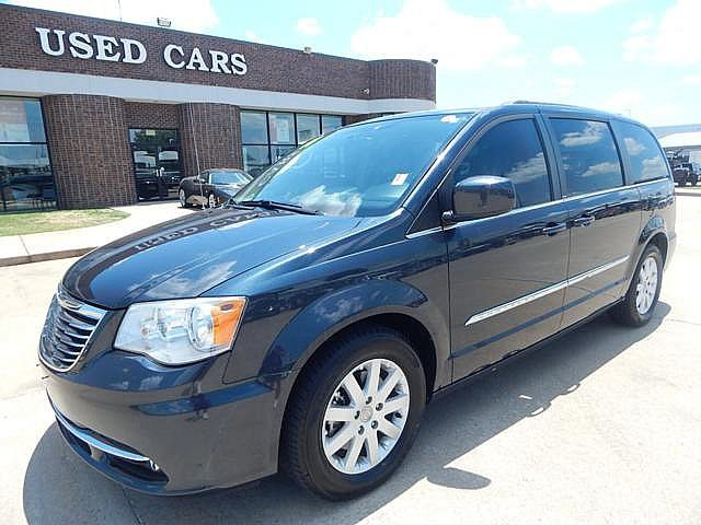 Pre-Owned 2014 Chrysler Town & Country Touring | BOB HOWARD DODGE 405-936-8900