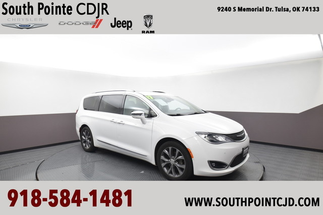Certified Pre-Owned 2017 Chrysler Pacifica Limited | SOUTH POINTE DODGE |