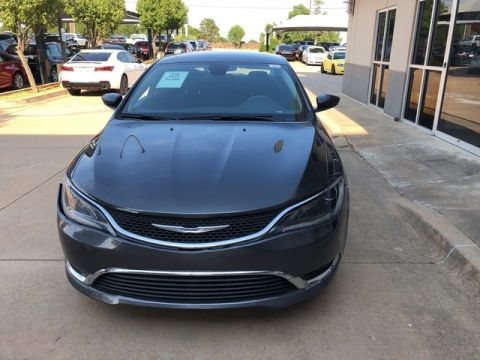 Pre-Owned 2015 Chrysler 200 Limited| ONLY AT BOB HOWARD ACURA CALL TODAY AT 405-753-8770!|