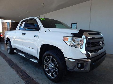 Pre-Owned 2014 Toyota Tundra 4WD Truck SR5 | BOB HOWARD DODGE 405-936-8900