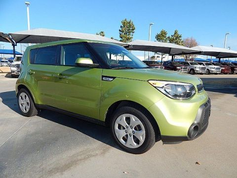 Pre-Owned 2015 Kia Soul Base | MANUAL | GREAT GAS MILEAGE